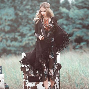 2017Autumn women original folk style maze long tassel cardigan coat female cuff embroidered gypsy style bohemian trench