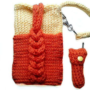 Front Pocket Cell Wristlet with Lip balm Cozy & Key Chain Strap Knit Cable Phone Pouch