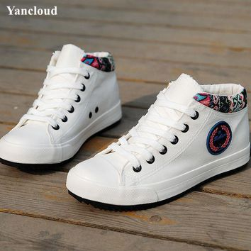 Women's White Shoes 2017 Breathable High Top Casual Shoes Women Thick Sole Floral Canv