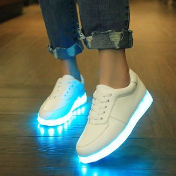 Korean Multi-color Noctilucent Lightning Couple USB LED Shoes [7896289159]