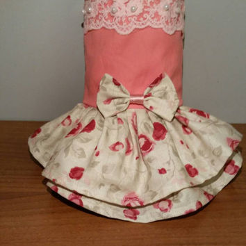 Dog dress - handmade - size Small dog dress - cute dog dress - bow dog dress - chihuahua dress - pet clothing - clothes for small dogs