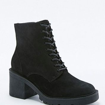 Peggy Nubuck Fleece Lined Lace-Up Ankle Boots - Urban Outfitters