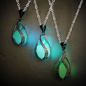 Glow In Dark Cheap Necklace Hollow Luminous Bead Pendant Long Chain Silver Color Necklaces Fashion Jewelry For Girl