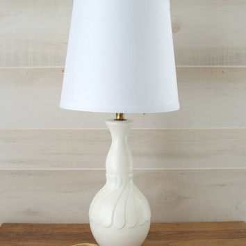 White Ceramic Table Lamp, White and Gold Lamp, Mid Century Ceramic Lamp, Shabby Chic Bedside Lamp, Boudoir Lamp