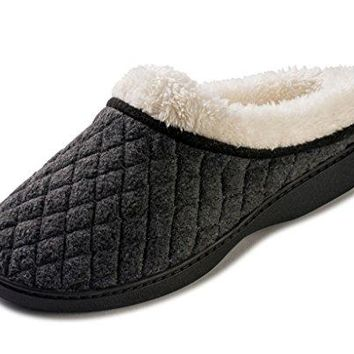 Beverly Rock Womens Quilted And Stitched Fleece Lined Clog Slippers