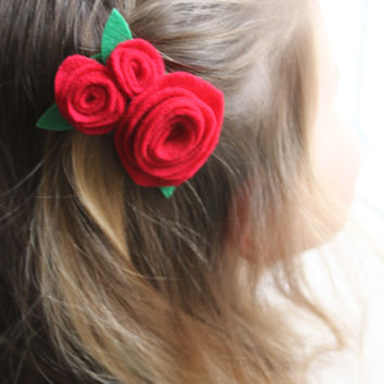 Pretty Red rose hair accessory, red roses hair accessories, rose hair clip, wedding hair accessories, wedding hair clips, roses hair clips