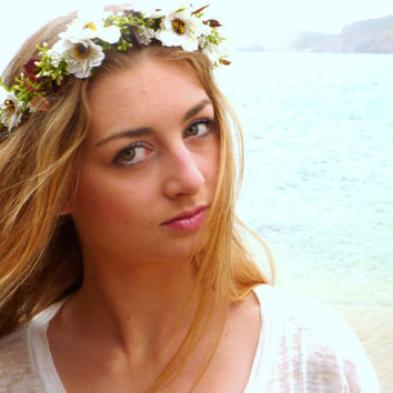 Flower Crown,  white Woodland Halo, Floral Crown, Bohemian headpiece, Boho flower,  Girls flower crown,  Wedding Hair Piece, white halo