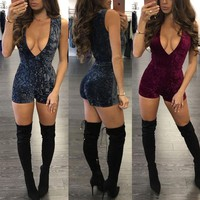 Deep V-neck Sleeveless Pure Color Short Slim Jumpsuit