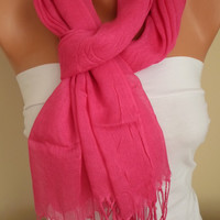 pink scarf..