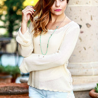 SEASIDE KNIT SWEATER IN CREAM
