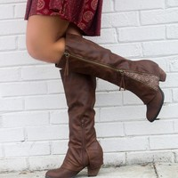 SZ 9 NOT RATED Celestial Falls Brown Heeled Boots With Double Zipper & Scalloped Lace Detail