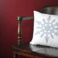 Classic holiday vintage snowflake pillow cover! Christmas decor, holiday decor, personalized pillow cover, Snow, December, Holiday pillow.