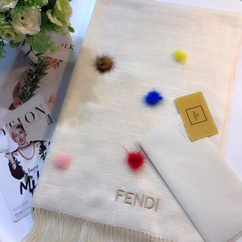 LMFUP0 FENDI Women Fashion Wool Scarf Shawl Scarf Scarves