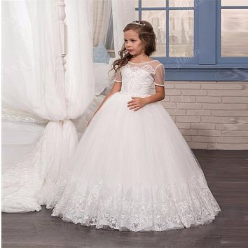 2017 Romantic Flower Girl Dress for Weddings Beaded Lace Party Ball Gown Short Sleeve First Communion Dresses for Girls
