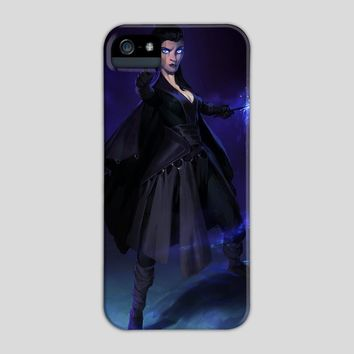 The Sorceress, a phone case by Maximilian Degen