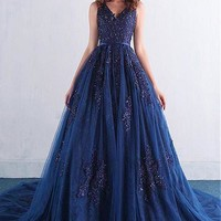 [129.99] Attractive Tulle V-neck Neckline Ball Gown Quinceanera Dresses With Beaded Lace Appliques - dressilyme.com