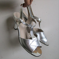 70s Silver Open Toe Evening Sandals Vintage Simpsons The Room 1970s Leather High Heel Shoes Womens Footwear 7.5B