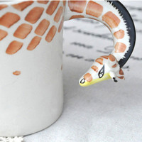 Unique Handpainted Giraffe Ceramic .. on Luulla