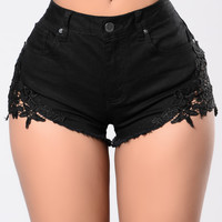 Quick Trim Shorts - Black