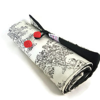 Crochet hook roll up organizer or makeup brush storage toile
