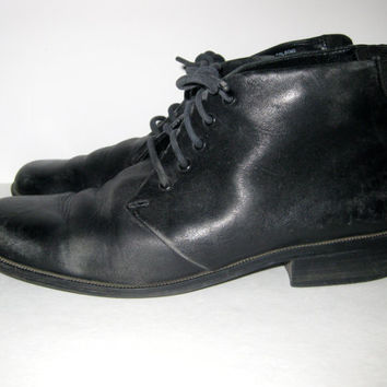 Vintage Black Lace Up LEATHER ANKLE BOOTS 1990s, Low Granny Boots Booties, Ladies Size 7.5 to 8