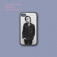 Matt Healy The 1975 Band - Print on hard cover for iPhone case and Samsung Galaxy case