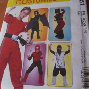 SALE McCall's Halloween Costumes for Boys 7-14 Sewing Pattern, M4951! Batman, Ninja, Hood, Mask, Tabard, Winds.
