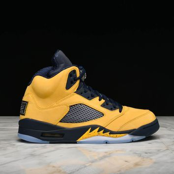"AIR JORDAN 5 RETRO SE ""MICHIGAN"""