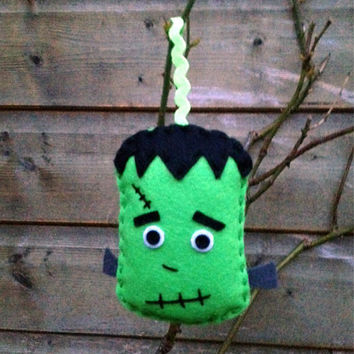 Halloween Decoration - Frankenstein - Halloween ornament - Halloween decor