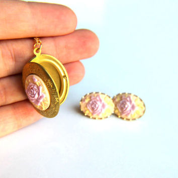 Antic gold plated metal with lilac embossed resin cameo necklace and earrings, wedding, retro, bridal party