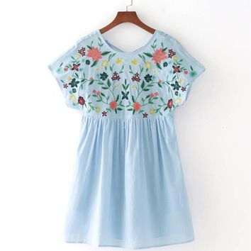 2017 Fashion Floral Embroidery Rompers Women O Neck Short Sleeve Sexy Back Hollow Tie Lace Up Elegant Summer Overalls Playsuit