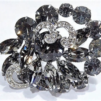 Vintage WEISS Rhinestone Brooch Black Diamond Smoky Grey Smoke Gray 1950s Mid Century Signed Hollywood Wedding Bride Bridal Brooch Jewelry