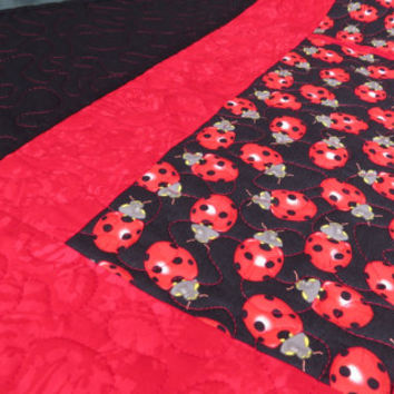 Quilted Table Runner Ladybug Black 626