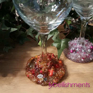 Decorated Wine Glasses, Beaded Wine Glasses, Decorated Glasses, Embellished Glasses, Wedding Glasses, Wine Glasses, Kitchen Accessories