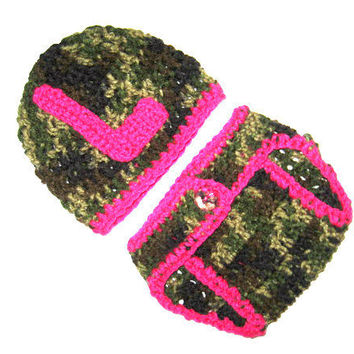 Monogramed Pink Camo Little Hunting Girl Camo Baby Diaper Cover and Baby Hat  Baby Shower