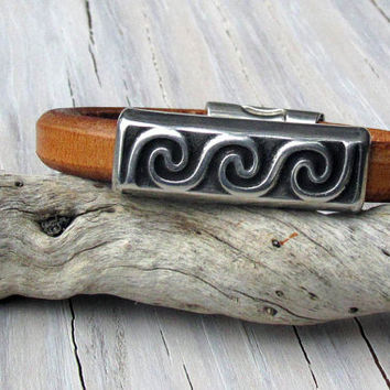 Mens Leather Bracelet, Wave Charm, Thick Leather, Regaliz Bracelet, For Him,  Gifts for Him, Original, Fathers Day, Gifts under 40
