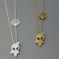Spider-man & Net Pendant Necklace  -  Available color as listed ( Gold, Silver )
