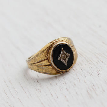 SALE - Vintage Art Deco Style Onyx Black & Rhinestone Ring - Mid Century Sz. 6 Gold Plated Costume Jewelry Cocktail Ring / 1960s Star Center