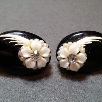 1940s Black and White Screwback Earrings, Bone, Plastic, Faux Pearls, Rhinestones! Tres chic!