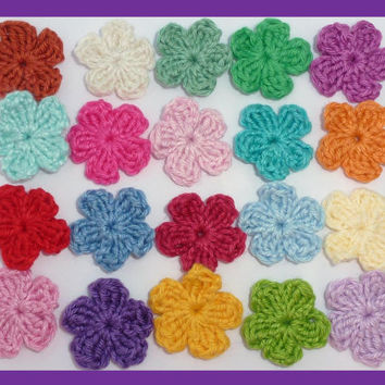 20 small crochet flowers, appliques and embellishments