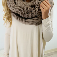 Cozy Up Mocha Chunky Oversized Infinity Scarf
