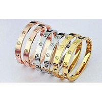 Cartier men and women trendy fashion bracelets F