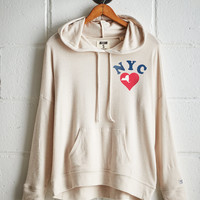 Tailgate Women's NYC Heart Plush Hoodie, Oatmeal