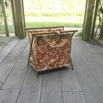 1970s Vintage Folding Knitting or Yarn Stand, Fall Colors Floral Fabric, Wood Frame, Nylon Lining, Loop Closure, Vintage Yarn Craft Supply