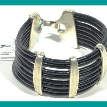 splendid leather bracelet * mens leather bracelet  * gift for him * black bracelet * brown bracelet * silver bracelet * mens jewelry