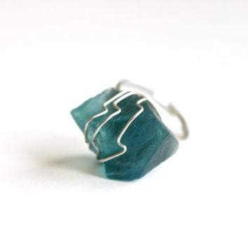 Handmade Raw Fluorite Wire Wrap Ring Silver Plated Adjustable. Crystal Ocean Blue Fluorite. Rough Natural Gemstone Boho Hippie Healing Ring.
