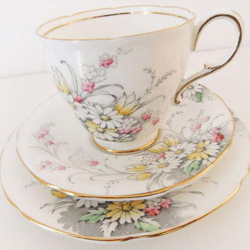 Vintage Paragon Bone China tea cup, saucer and plate  - Shabby Chic yellow, pink and white flowers