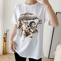 BURBERRY Fashion Women Men Casual Cupid Umbrella Classic Plaid Angel Print Round Collar T-Shirt Top White