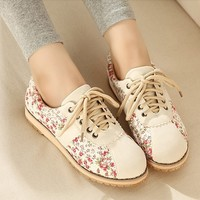 Floral Retro Canvas Shoes from Moooh!!