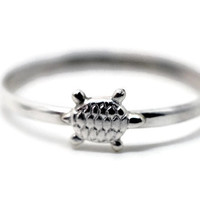 Tiny Turtle Ring, Silver Turtle, Ocean Jewelry, Sterling Silver Animal Ring